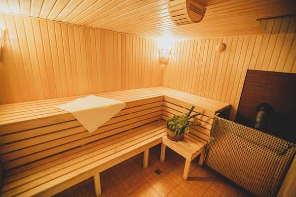 Гостиница Ла Крэчуну, Буковель - цены, фото, рейтинг на bukoveltravel.com