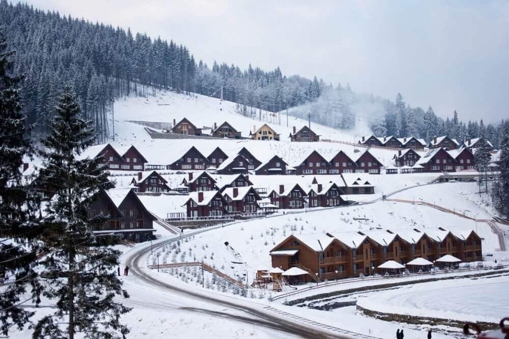Коттеджи Буковель Зима